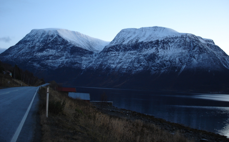 Isfjellet, 1376m